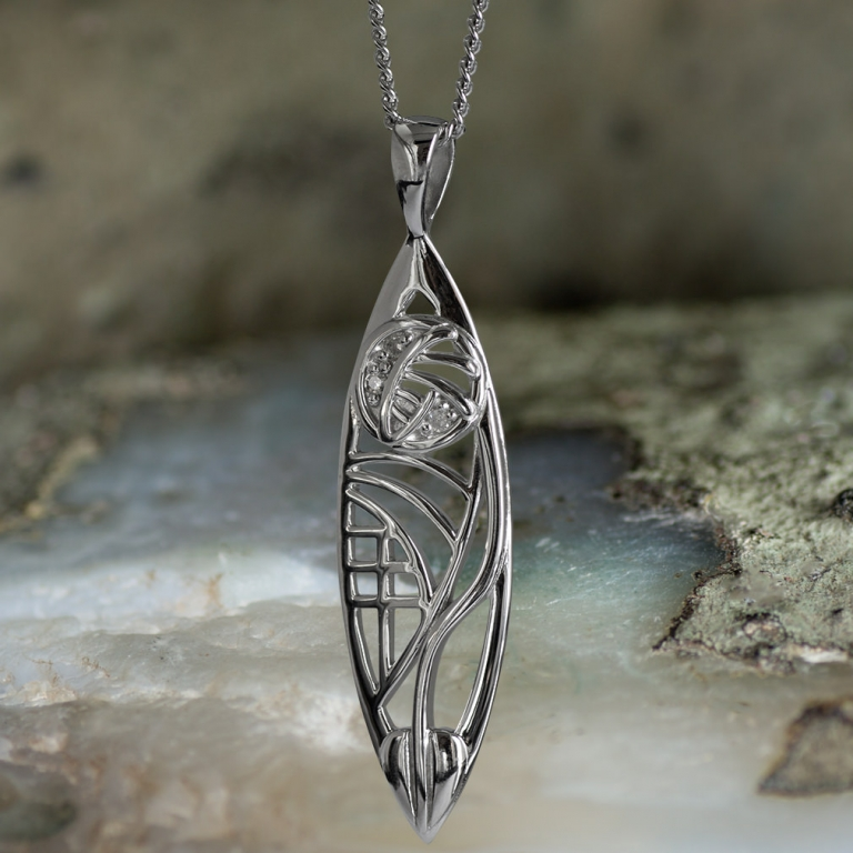 "Sterling Silver Charles Rennie Mackintosh Pendant – Insch. ""3 Wee Diamonds"". Tarnish Resistant. Cairn 101"