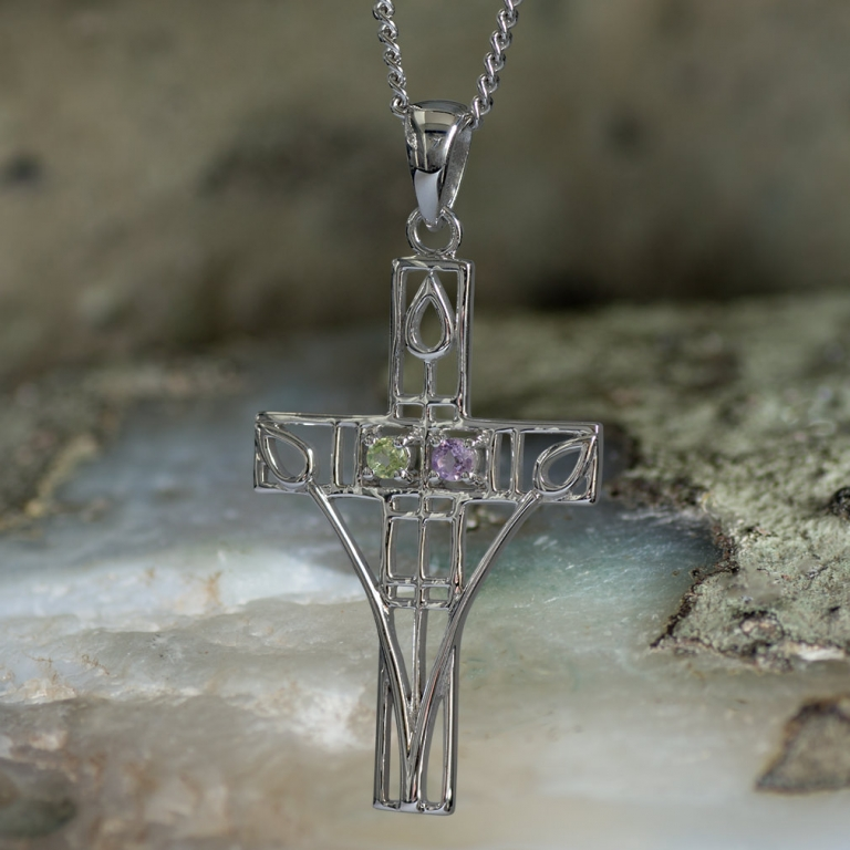 "Cairn 200 Silver Rennie Mackintosh ""Queen's Cross"" Pendant – Amethyst & Peridot. Tarnish Resistant."