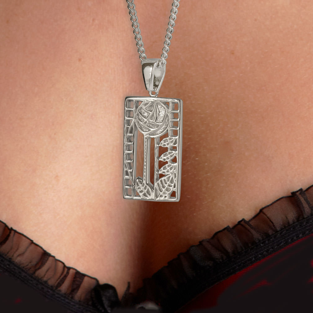 "Silver Charles Rennie Mackintosh Pendant ""De Luxe"" 401 Cairn"