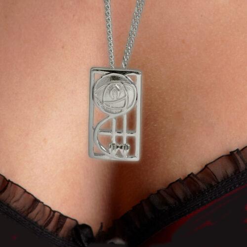 "Silver Charles Rennie Mackintosh Pendant ""Keppie"" 571 Cairn"