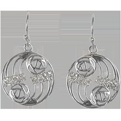 12 aquamarines. Sterling silver earrings. Charles Rennie Mackintosh. Cairn 803