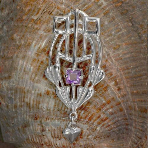 "HSH043 ""Glasgow Girls"" Silver Brooch With Facetted Amethyst GB250 1"